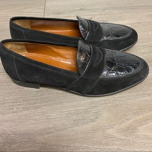 Gucci | Authentic Suede Vintage Loafers Black 9.5